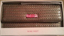 Nine West Woven Checkbook Wallet Nib - $40.00