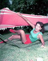 Natalie Wood Leggy Young In Shorts 16x20 Canvas Giclee - $69.99