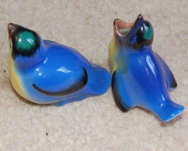 Royal Doulton Eastern Blue Bird Fledglings HN137
