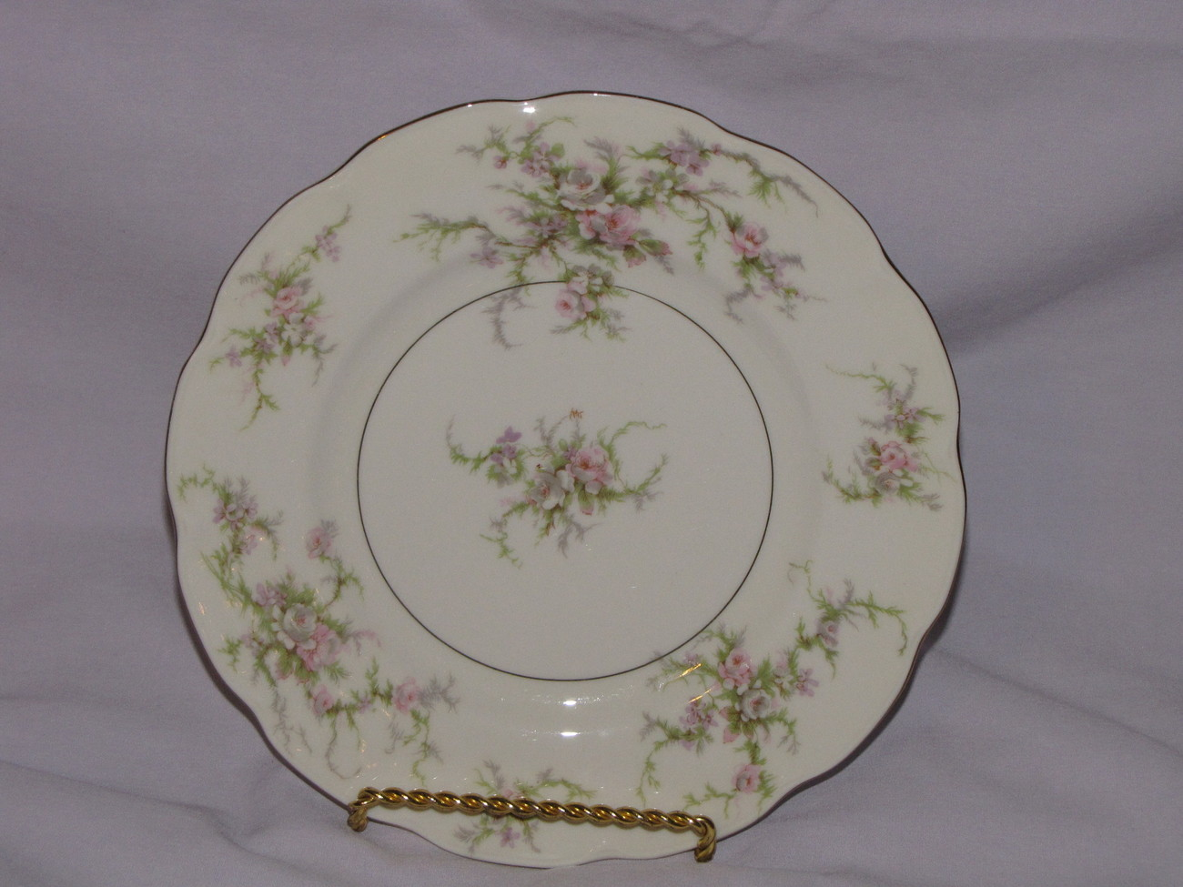 Theodore Haviland New York Rosalinde Salad Plate - $15.00