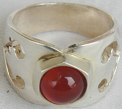 Curves red  silver ring