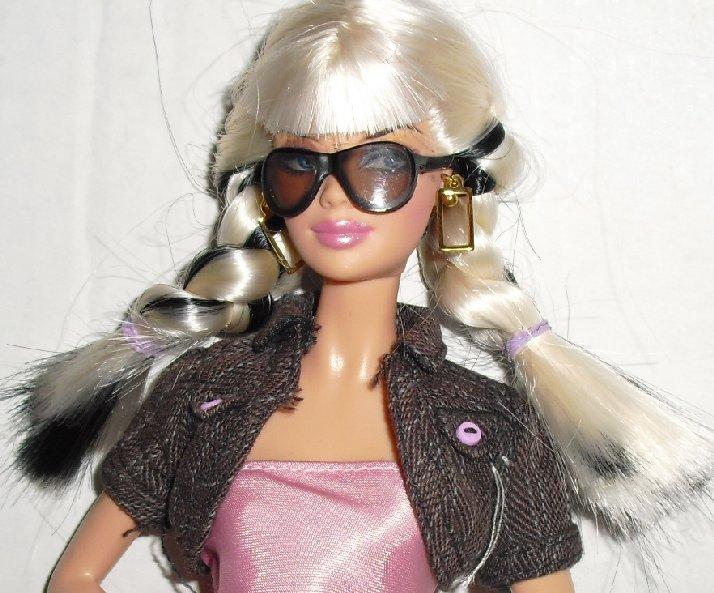 Blonde BARBIE Doll EXOTIC Face TOP MODEL dressed
