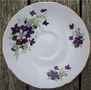 Old Royal Vale Bone China Saucer Purple Voilets #RV2001