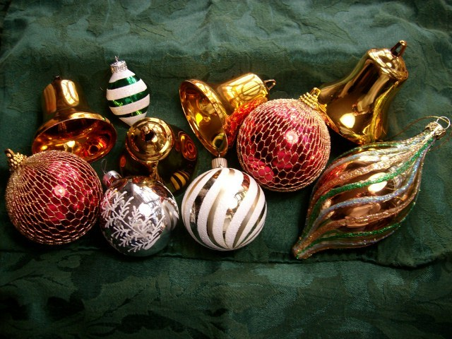 Primary image for Vintage Set of Ten Christmas Ornaments - Excellent Deal!!