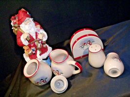 anta and 5 Piece Winter Wishes Table Set AA19-CD0052 Vintage image 3
