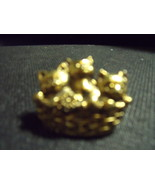 Vintage 3 Cats in a basket goldtone pin - $20.00