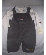 Baby boys Classic Pooh bib 9 month outfit - $6.75