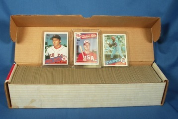 1985 TOPPS COMPLETE BASEBALL SET CLEMENS McGWIRE RC