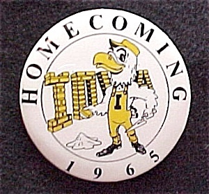 65 Hawkeyes Football Homecoming Pin University of Iowa Badge Pinback