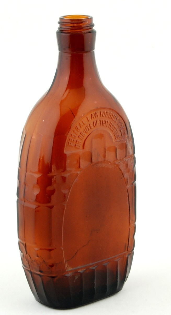 Anchor Hocking Brown Glass Whiskey Bottle D-126 One Pint