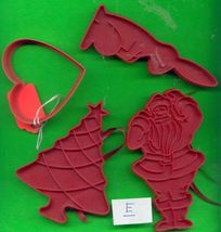 Lot of Plastic Cookie Cutters .....Lot E - $3.00