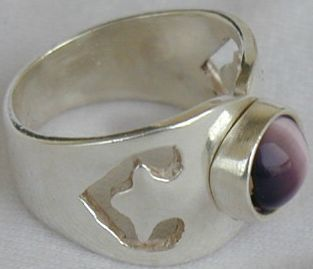 Purple cat eye ring