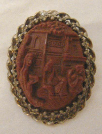 """ANTIQUE CARVED CHINESE """"CAMEO"""""""