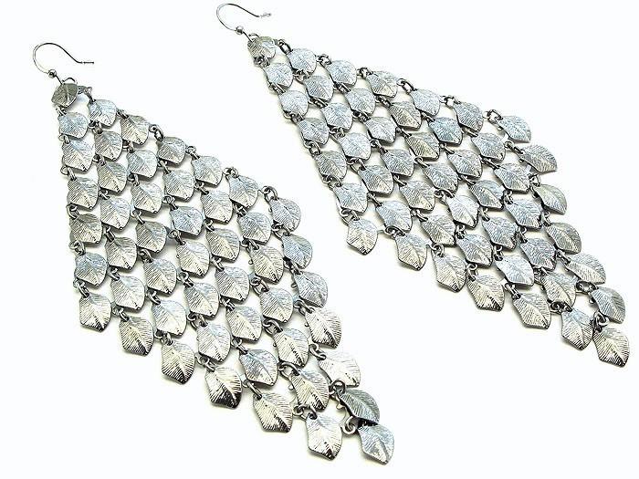 Chunky fish hook long chandelier fashion earrings pierc