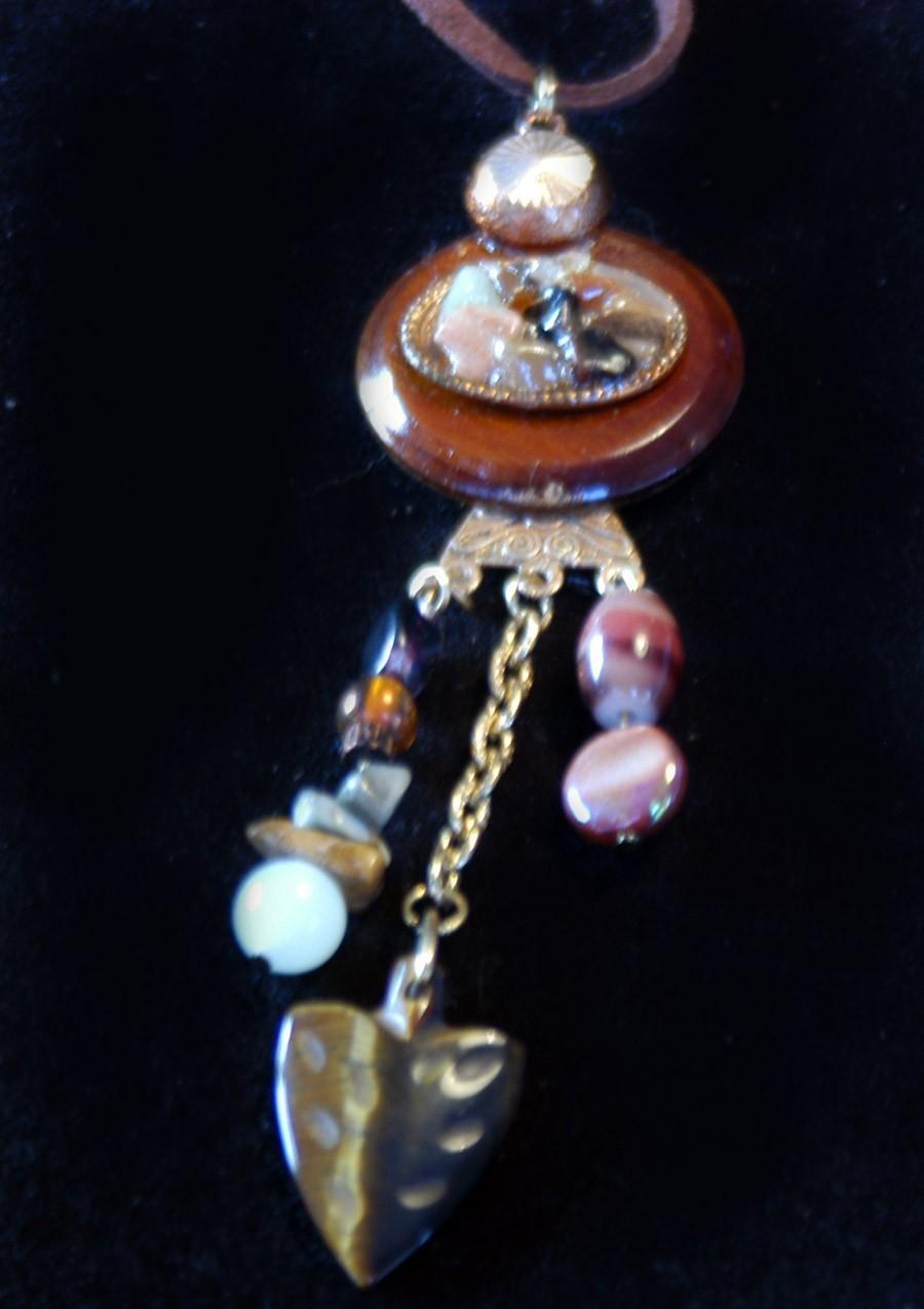 original art pendant polished stone arrowhead vintage assemb