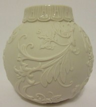 Lenox Ornamental Glow Scroll Holiday Ornament Votive Candle Holder Chris... - $9.87