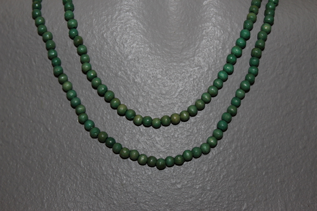 "Primary image for  WOODEN BEADS  36"" NECKLACE 4 MM GREEN ROUND BEADS CRAFT BEADS"