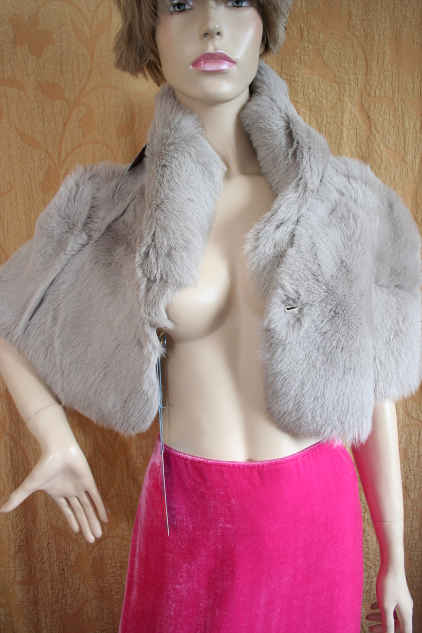 BRAND NEW WT SHEEPSKIN  FUR CAPE SIZE 8 10