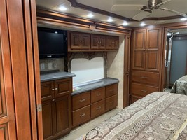 2009 TIFFIN MOTORHOMES ALLEGRO BUS 43QRP FOR SALE IN Chino, CA 91710 image 4