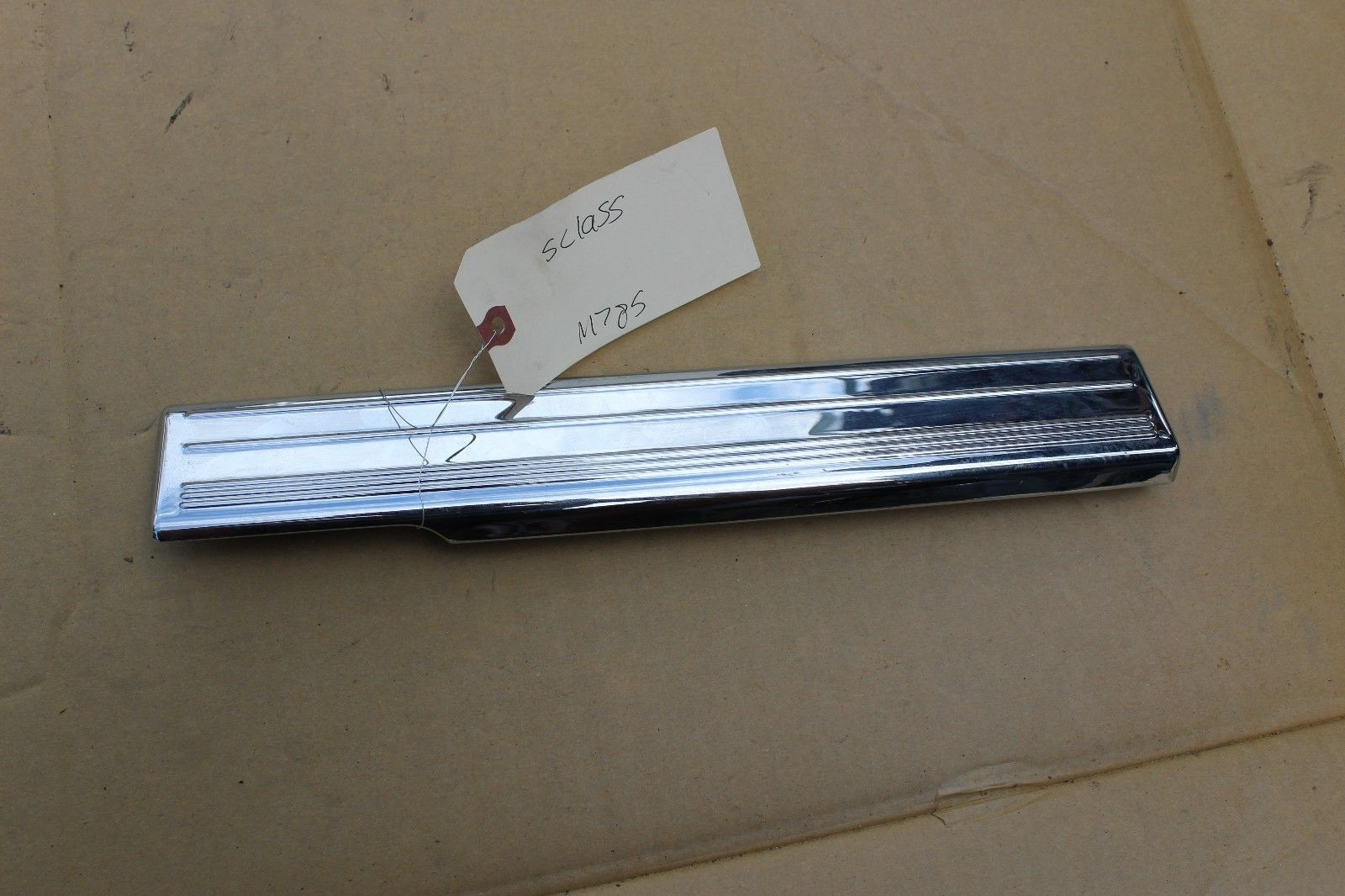 Primary image for 03-06 w220 MERCEDES S430 S500 REAR DRIVER LEFT CHROME DOOR SILL TRIM M785