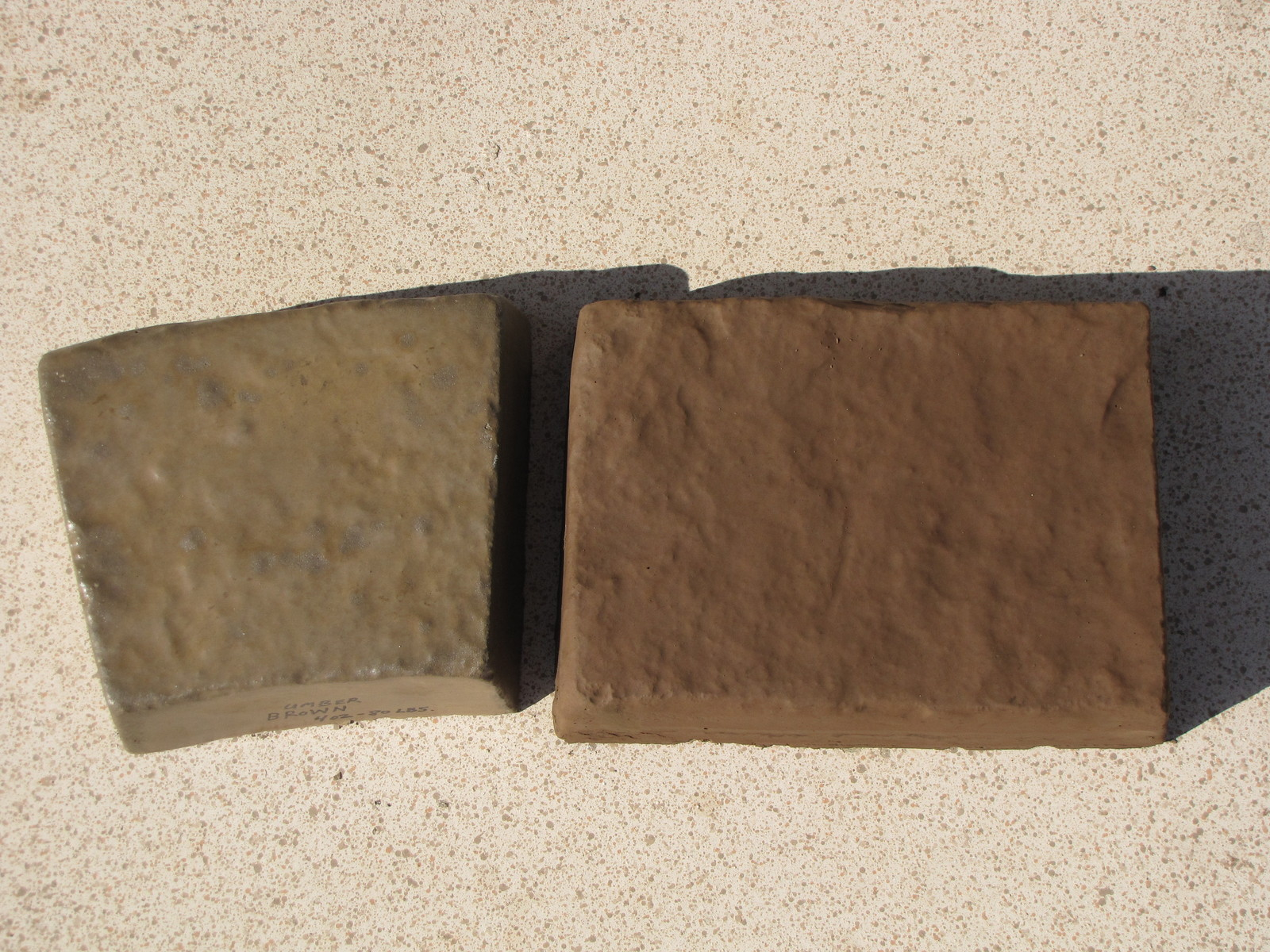 1 LB. CHOCOLATE BROWN POWDER TO COLOR CONCRETE, CEMENT, PLASTER, GROUT OR BRICKS