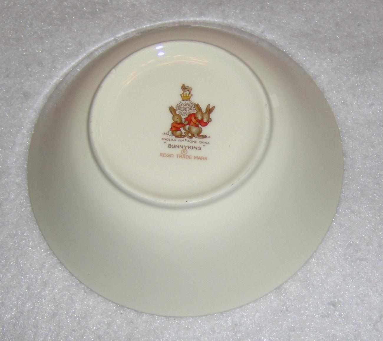 Royal Doulton Bunnykins Bowl English Fine Bone China Vintage Ring Around Rosie