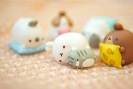 Molang Figures Volume 5 Lazy Sunday Set Miniature Figures Toy Set (5 Counts) image 4