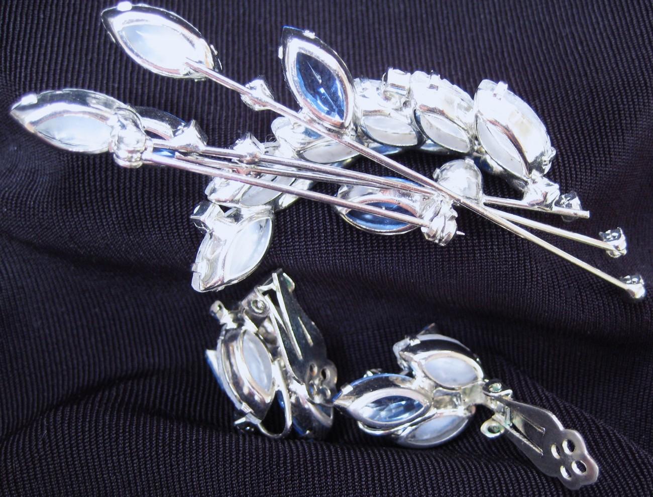 Blue White Lava Rhinestones Brooch Pin Earrings Set
