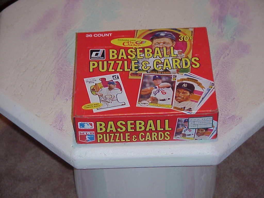 Cards  donruss 1982  t23 puz   cds box