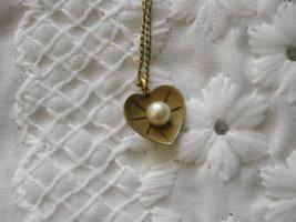 Pearl Pin Loran Sim 1/20th 12K GF Leaf & Pearl Heart Necklace dce 1/20th 14K GF  image 4