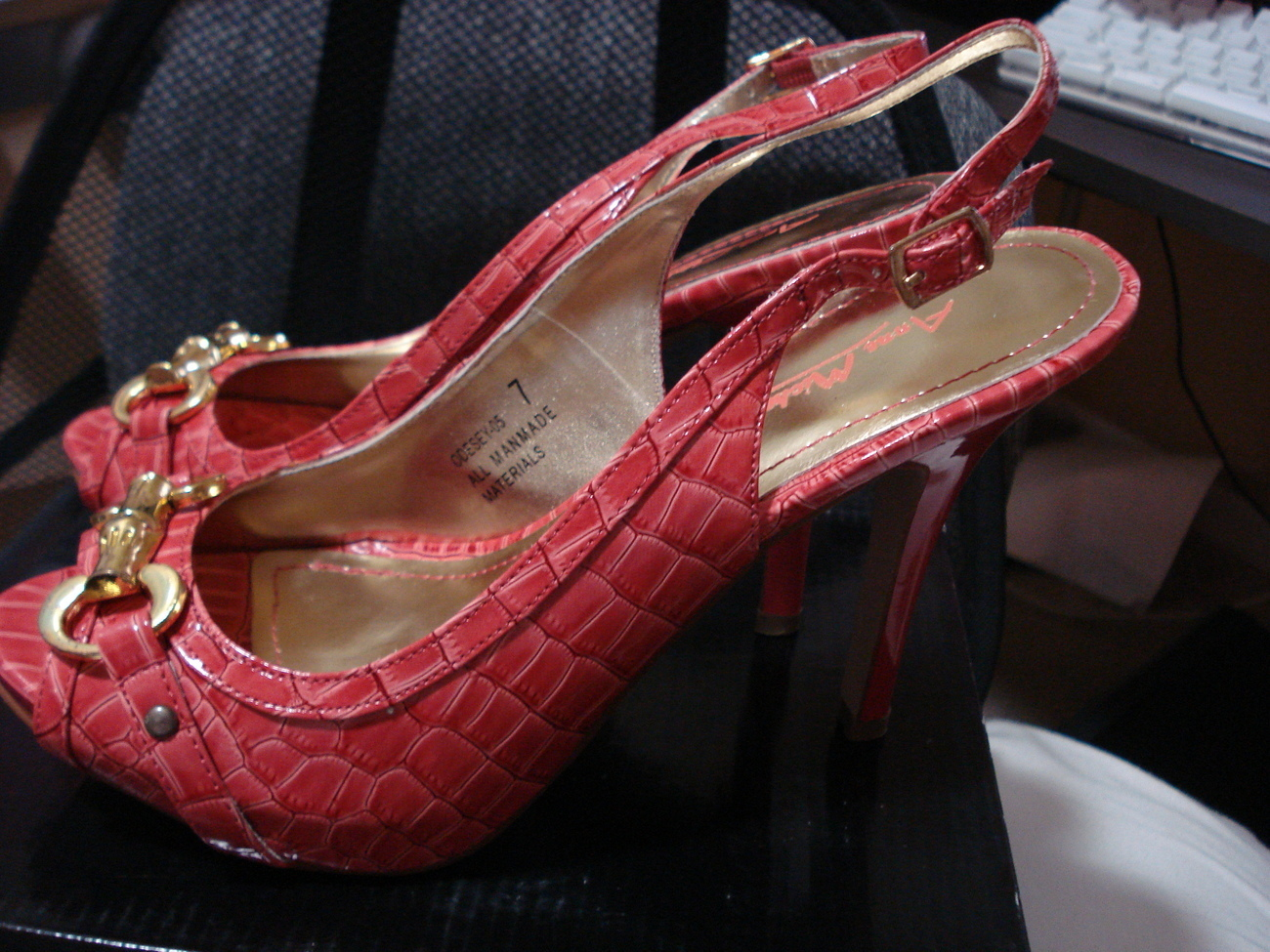 NEW Gorgeous Coral Pink adjustable buckle Stiletto Pump Heels Gold hardware Bonanza