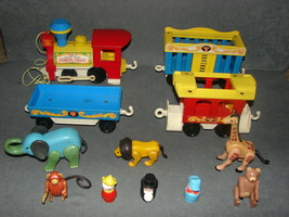 Fisher Price Little People 991: Circus Train 100% COMPLETE - $55.00