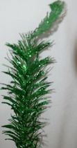 Tii collections G3229 Green Swirl Decorative Tinsel Feather image 3