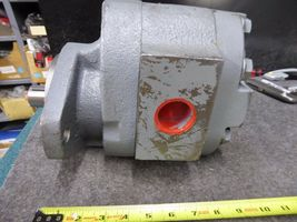 Metaris Hydraulic Pump MHP76A498BEYL2011 new image 3
