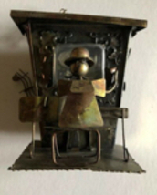 Welded industrial piano man music box Japan - $12.00