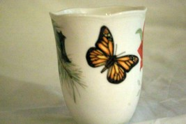 Lenox Butterfly Meadow Holioday Amaryllis And Monarch Butterfly Mug 12 oz. NWT image 2