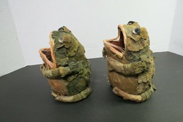 """Set Of 2 Handmade Frogs Made From Paper Mache And Leaves Open Mouth 5.5""""... - £12.04 GBP"""