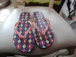 Vera Bradley flip flops size large in Sun Valley NWT - $16.50