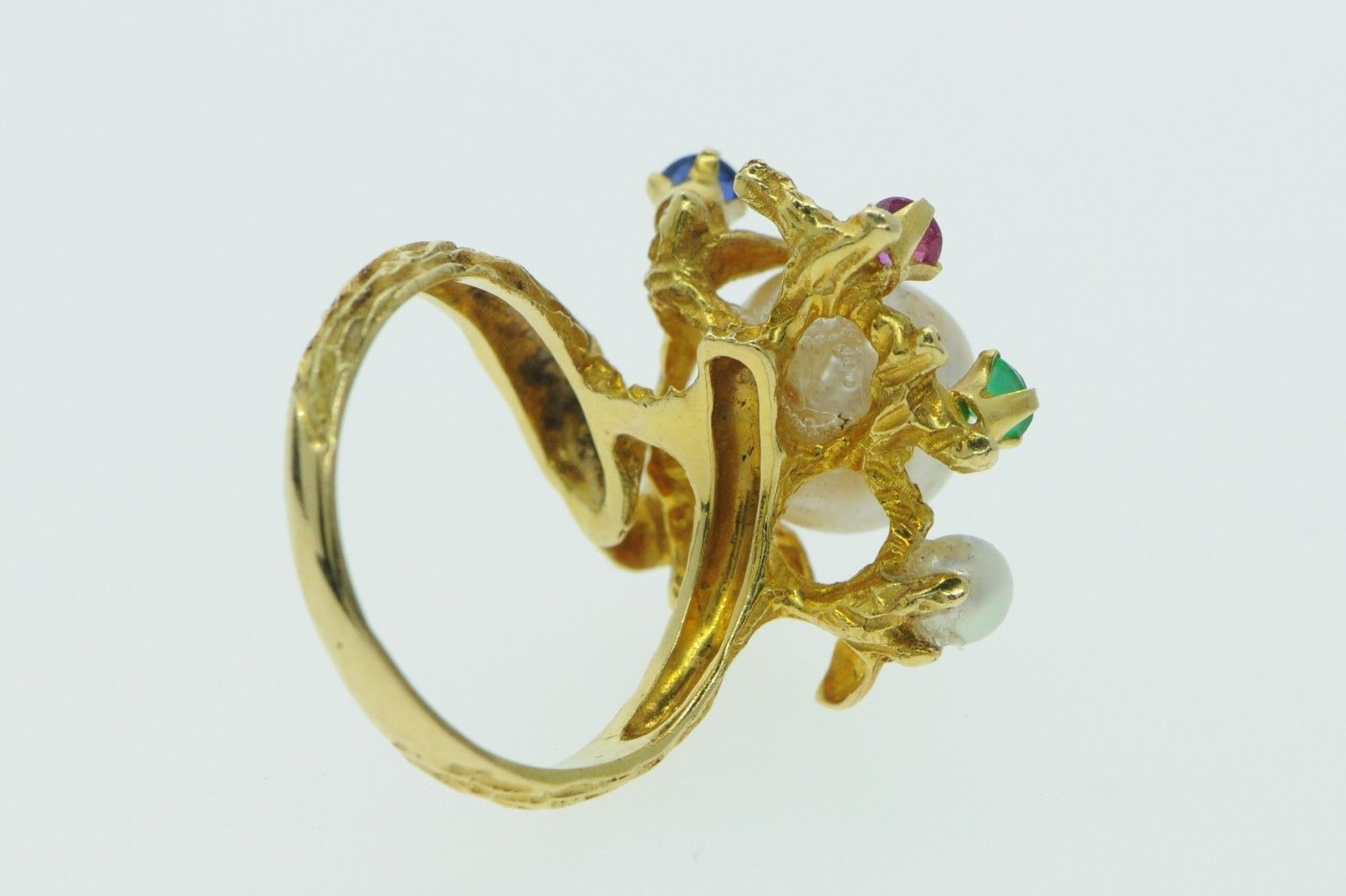 Custom made 18K Yellow Gold Pearl Ring with a Sapphire Ruby and Emeralds (5.25)