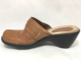Clarks Women's Comfort Lt Brown Leather Split Toe Clogs Slides Buckle 71... - $25.79