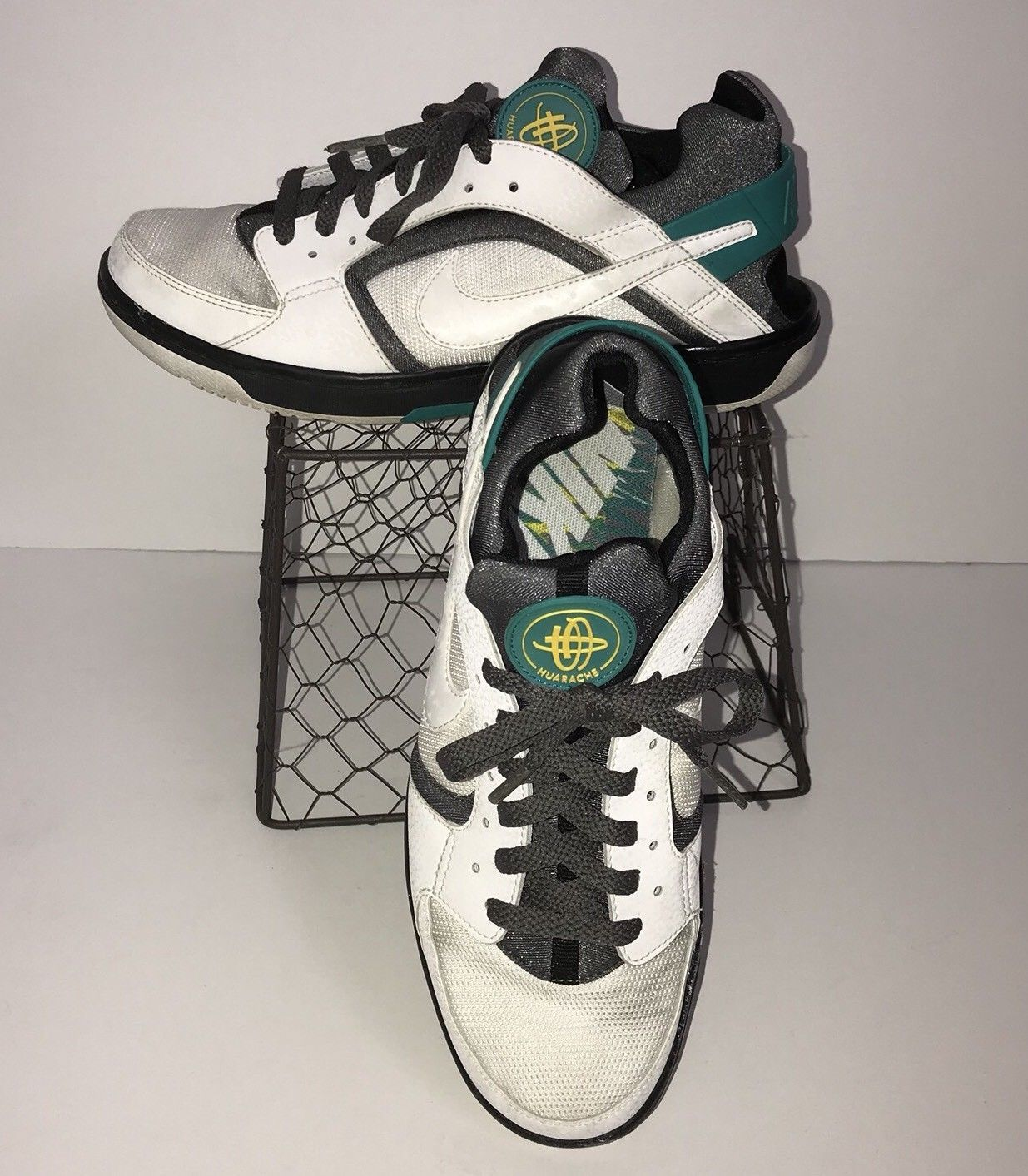official photos ec9d6 39884 Women s Nike Huarache Running Shoes Size 9 and 50 similar items. 57