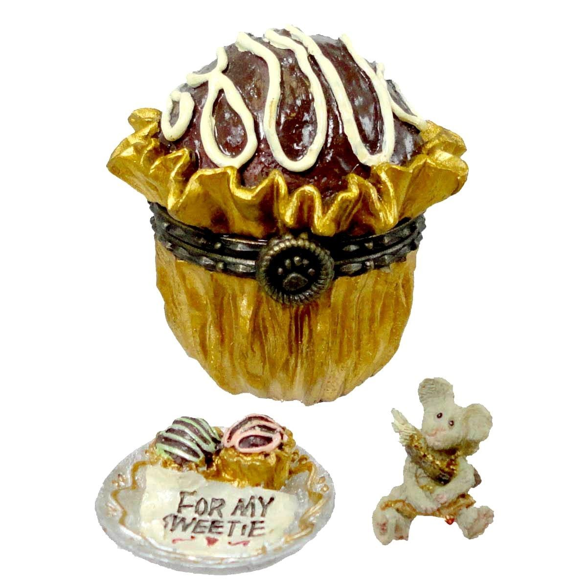 "Boyds Treasure Box ""Lovie's Truffle w/Cupid McNibble"" #82056 -NIB- 2003"