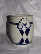 "WILLIAMSBURG RESTORATION 5.25"" HANDLED VASE POT COBALT BLUE FLOWER ON GR... - $24.74"