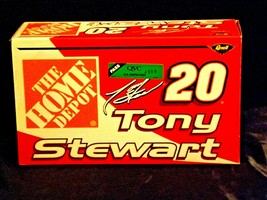 Revell #20 Tony Stewart Collector's ClubAA19-NC8073 Adult Collectible in box image 1