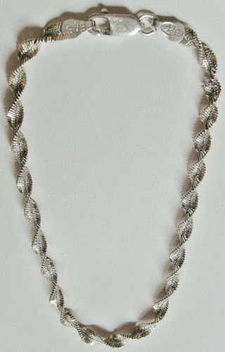 Vintage Sterling Silver Bracelet Sparkling Twist Links Italy 8 Inches Long