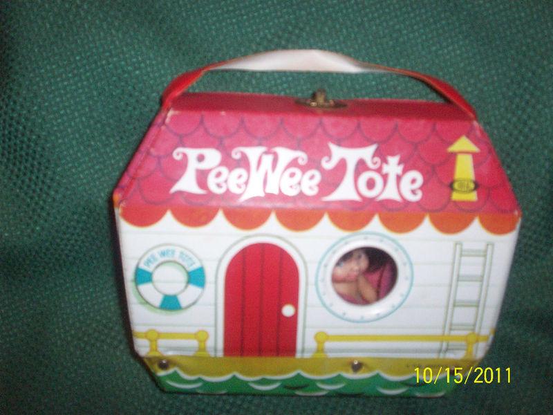 Vintage Uneeda Vinyl Pee Wees Boat Tote Case with Stap + Pee Wee DollVery Good v