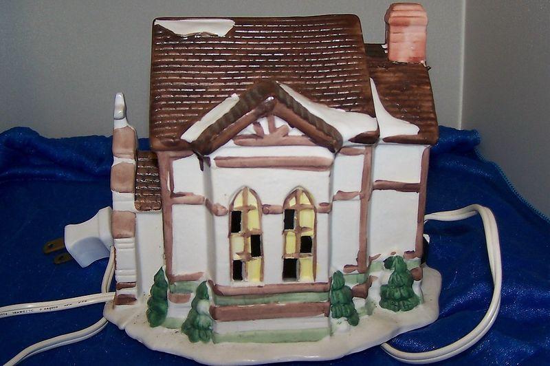 Vintage Dickensville Porcelain Lighted House Church