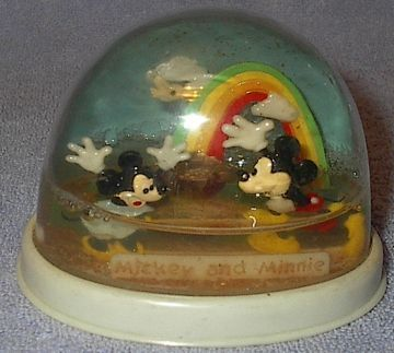 Disney Mickey & Minnie Gold End of Rainbow Water Dome Toy