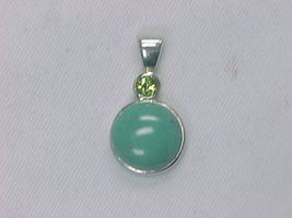 TURQUOISE and PERIDOT Vintage PENDANT in STERLING Silver - FREE SHIPPING - $43.00