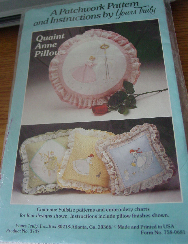Pattern: Quaint Anne (Grown Up Sweet Sue Type) & Pillow